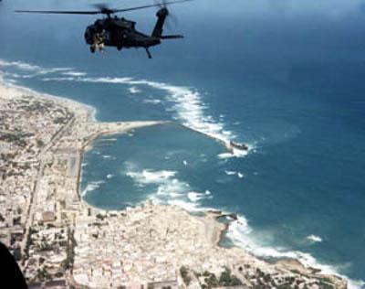 Black_Hawk_Down_Super64_over_Mogadishu_coast