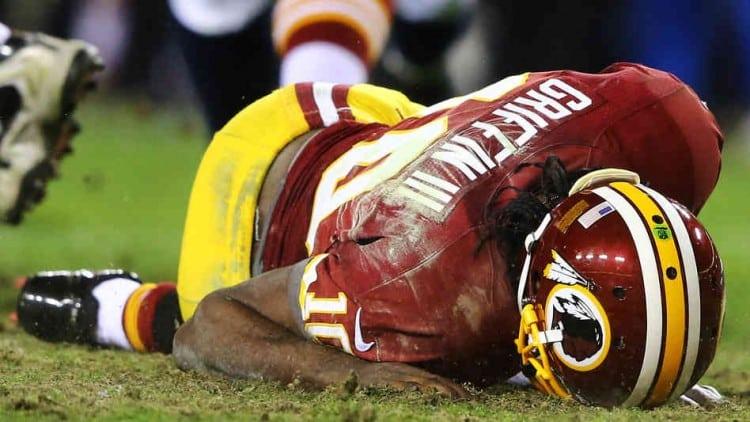 Washington Redskins Quarterback Robert Griffin III Undergoes Knee Surgery