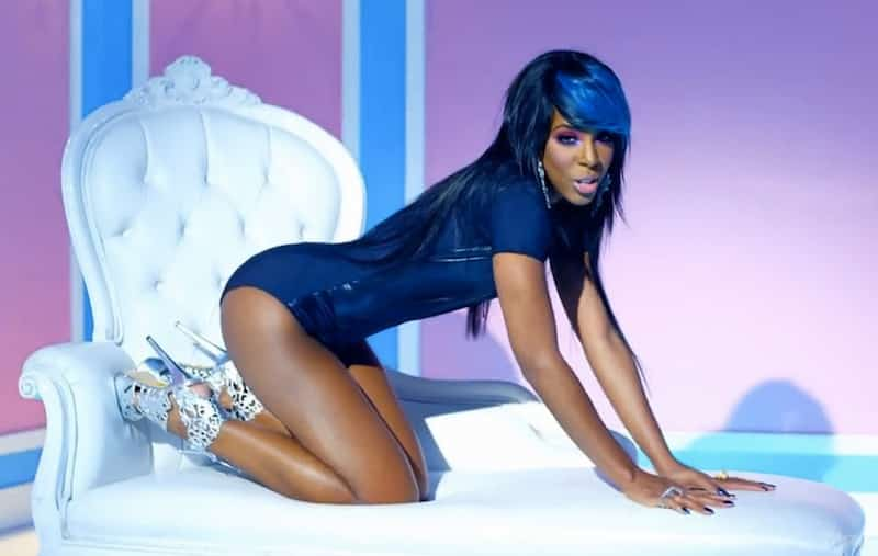 No one's sexier than kelly rowland on this bikini pic